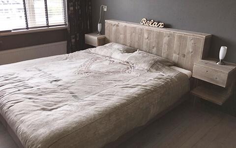 twee-persoons bedden