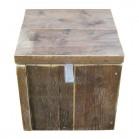 Steigerhouten Speeltafel Gerko met 4 opbergkrukjes, oud hout met een lak behandeling