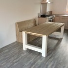 Steigerhouten tafel Anita, verouderd hout blad met dekkend wit onderstel